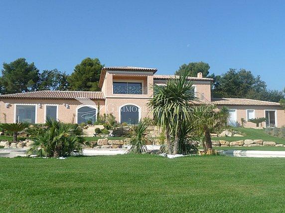 [G. Immobilier de Prestige] superbe villa à MOUGINS