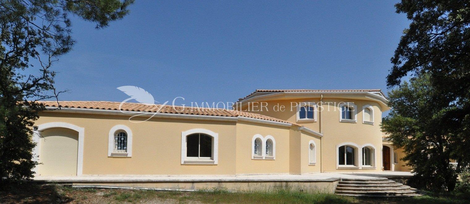 G immobilier de prestige farmhouses and properties for Villa et prestige