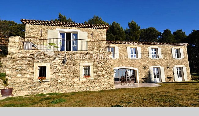 G immobilier de prestige houses and mansions for Villa et prestige