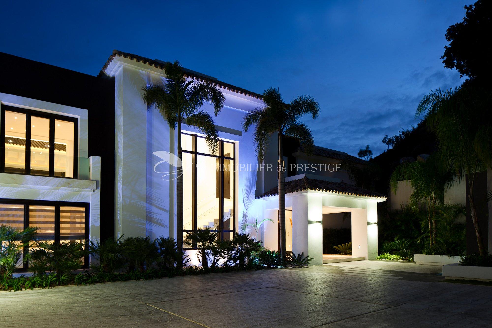Immobilien mit prestige ausnahme und luxusimmobilien in for Villa et prestige