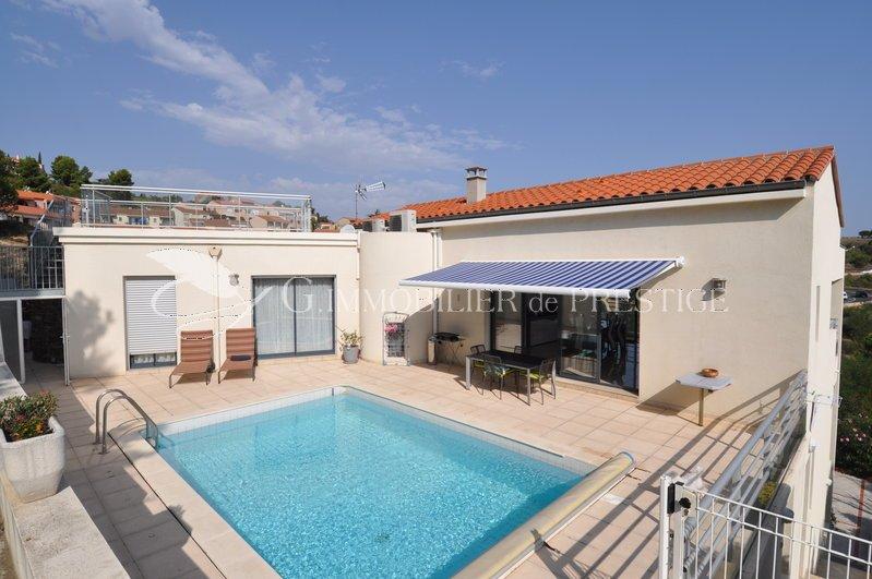 Immobilier prestige collioure villa contemporaine vue for Villa et prestige