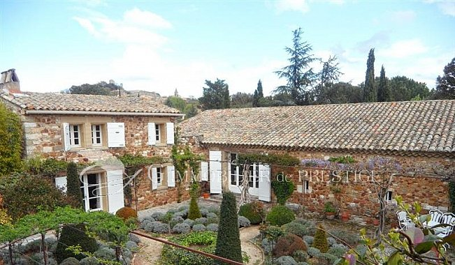 Immobilier prestige gard uz s propri t mas et - Propriete de luxe prestige ibiza baba ...