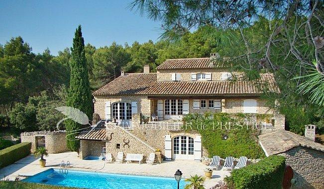 Immobilier prestige vaucluse luberon villa prestige for Villa et prestige
