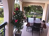 [G. Immobilier de Prestige] At the heart of a gated and landscaped park, 200m from the beach