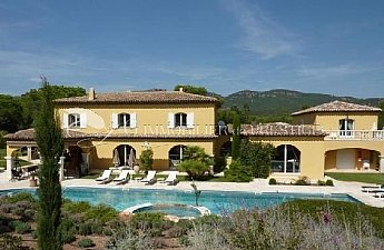[G. Immobilier de Prestige] Superb and vast property at 15 mn from the sea