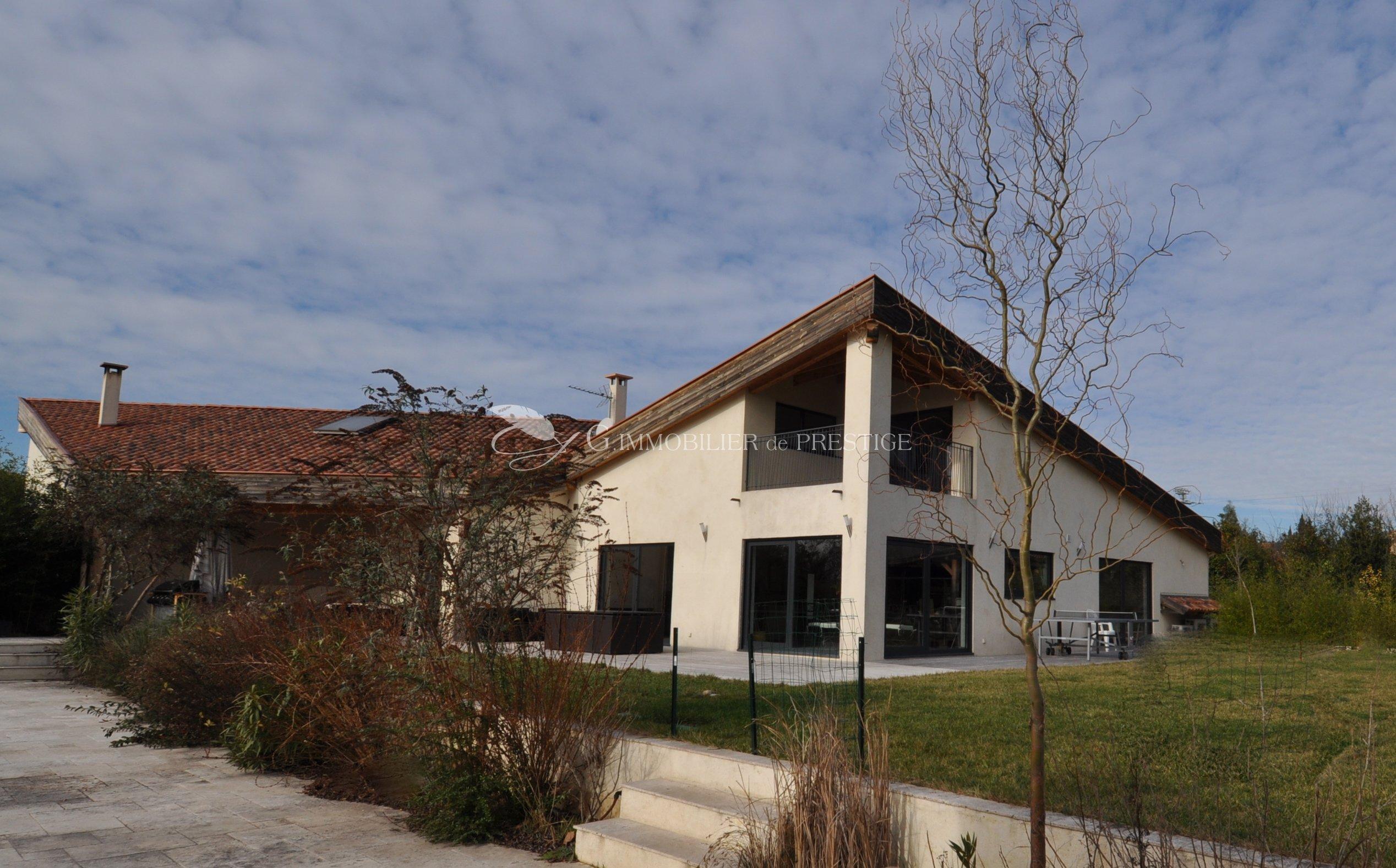 Immobilier prestige maison d 39 architecte contemporaine for Maisons et architectes