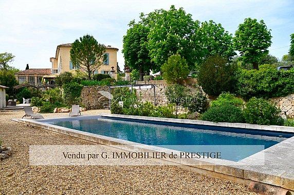 [G. Immobilier de Prestige] Une belle bastide avec orangeraie et piscine