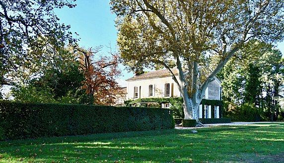 [G. Immobilier de Prestige] Une demeure ancienne au coeur des vignes et des platanes