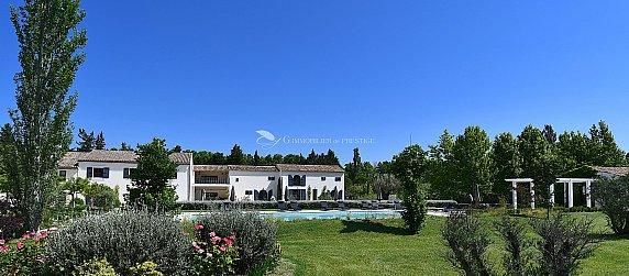 [G. Immobilier de Prestige] Propriété exceptionnelle avec piscine et tennis