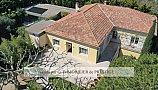 [G. Immobilier de Prestige] Une demeure de village avec terrain constructible