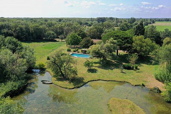 [G. Immobilier de Prestige] En Camargue, un incroyable domaine de chasse de 203 ha