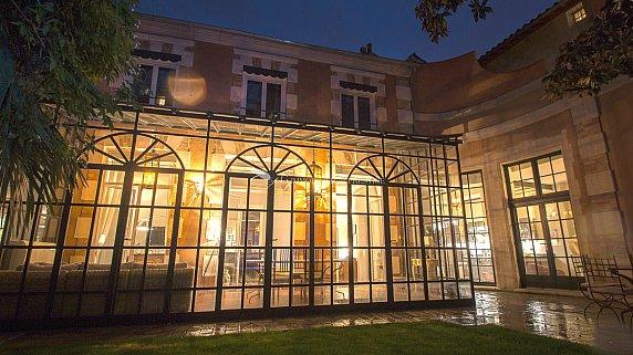 [G. Immobilier de Prestige] Une demeure exceptionnelle intra-muros avec jardin